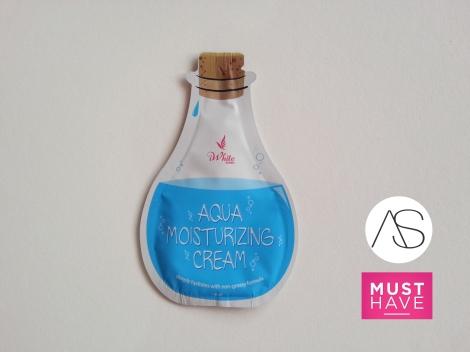 iWhite Aqua Moisturizing Cream PHP18.00