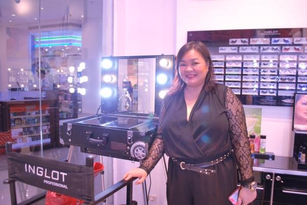 Professional Makeup Artist Regie Escolin of Inglot Philippines